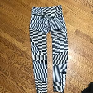 High Wasted Old Navy Leggings M